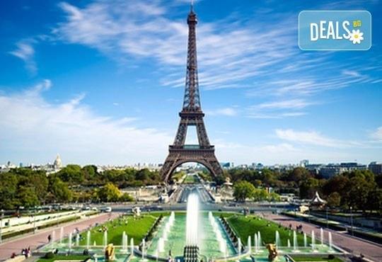 Уикенд в Париж със самолет от юли до октомври: 3 нощувки, закуски, самолетен билет и туристическа програма от София Тур! - Снимка 8