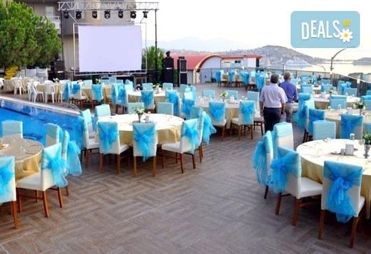 От юли до октомври почивка в Турция! 7 нощувки със закуска и вечеря, безплатно за дете до 6 г. в Ada Class 4*, Кушадасъ! - Снимка 5