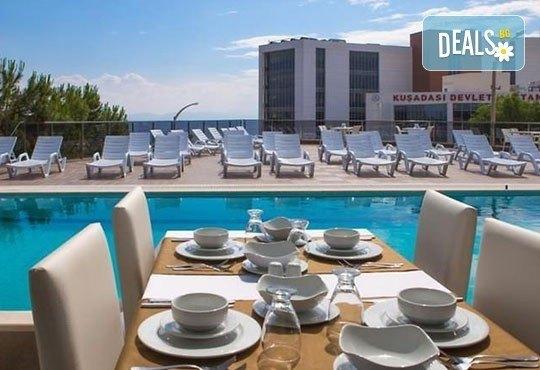 От юли до октомври почивка в Турция! 7 нощувки със закуска и вечеря, безплатно за дете до 6 г. в Ada Class 4*, Кушадасъ! - Снимка 6