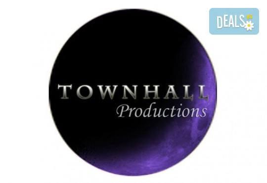 Фото и видео заснемане на сватбено тържество, неогранични кадри, видеоклип, фотокнига и още подаръци, от Townhall Productions! - Снимка 2