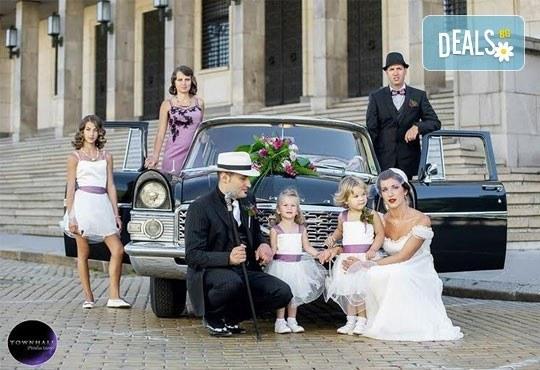 Фото и видео заснемане на сватбено тържество, неогранични кадри, видеоклип, фотокнига и още подаръци, от Townhall Productions! - Снимка 8