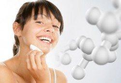 Почистване на лице и терапия с фито-стволови клетки с козметика по избор от салон Incanto Dream 2, Студентски град! - Снимка