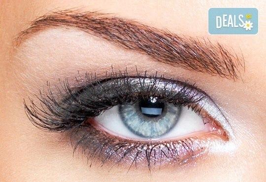 Удължаване и сгъстяване на мигли чрез метода ''косъм по косъм'' с косъмчета от норка или копринени мигли и бонус от NSB Beauty Center! - Снимка 1