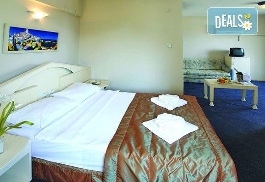 Почивка в Мармарис в края на август! 7 нощувки на база All inclusive в Orka Nergis Beach 4*, възможност за транспорт! - Снимка 6