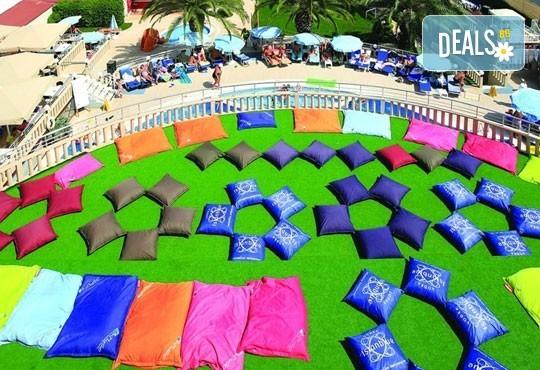 Почивка в Мармарис в края на август! 7 нощувки на база All inclusive в Orka Nergis Beach 4*, възможност за транспорт! - Снимка 9
