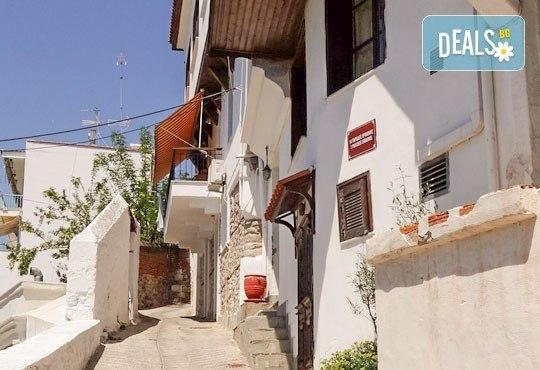 Екскурзия от юли до септември в Кавала, Гърция! 1 нощувка със закуска, транспорт и кратка разходка в Драма от Комфорт Травел! - Снимка 3
