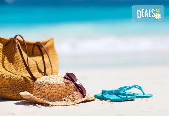 На плаж всяка събота в в Гърция - Неа Ираклица, Кавала! Еднодневна екскурзия с транспорт и водач от Комфорт Травел! - Снимка 1