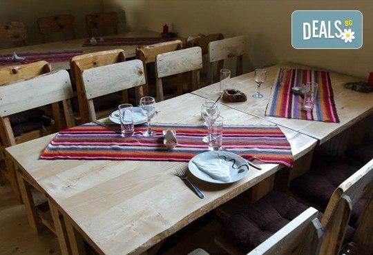 През септември в Етно село СРНА с Дениз Травел! 2 дни, 1 нощувка, закуска и вечеря с жива музика и неограничени напитки, транспорт! - Снимка 6