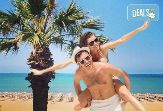 Гореща лятна почивка в Villa Palma 4*, Дуръс, Албания! 5 нощувки със закуски и вечери, транспорт, посещение на Скопие и Охрид! - Снимка 1
