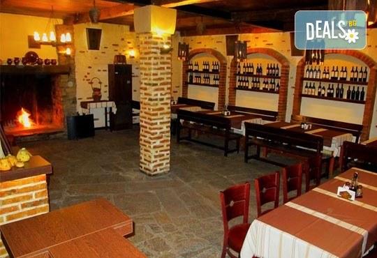 Апетитно предложение от Ресторант механа Караджата! 2 порции пъстърва на скара или на тиган с гарнитура сотирани картофи - Снимка 5