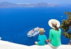 През септември на о. Санторини, Гърция: 4 нощувки със закуски, транспорт