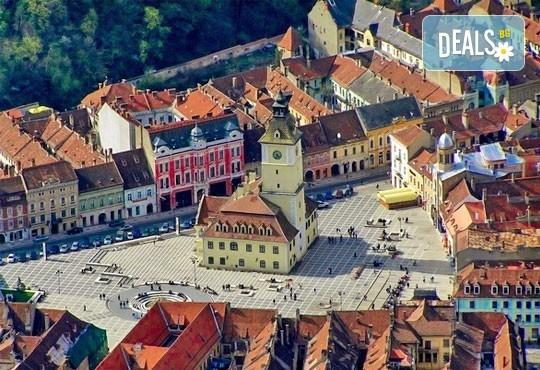 Разгледайте Синая и Букурещ в Румъния! 2 нощувки със закуски и транспорт, възможност за посещение на Замъка на Дракула, Бран и Брашов! - Снимка 4