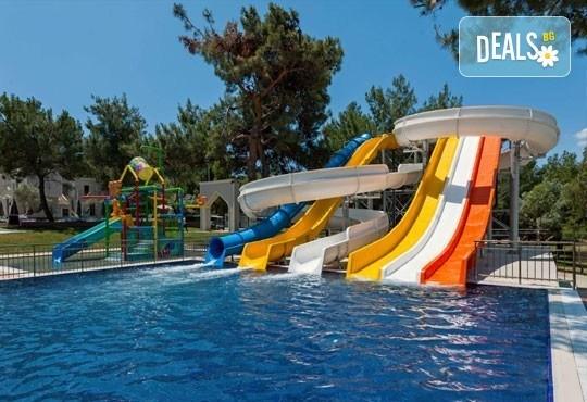 На море през септември и октомври в Aurum Club Marmara 5*, Дидим! 7 нощувки, Ultra All Inclusive и възможност за транспорт! Дете до 12 г. безплатно! - Снимка 9