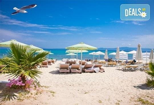 На море през септември в Гърция! 3 нощувки със закуски и вечери в Rentina Beach Hotel 2*, Ставрос , Халкидики, от ТА Ревери - Снимка 11
