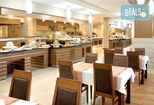 Специална цена за почивка, октомври, Анталия! 7 нощувки на база Ultra All, хотел M.C Arancia Resort 5*, възможност за 2 вида транспорт! - Снимка 6