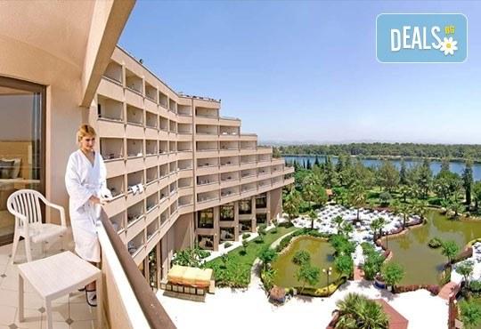 Специална цена за почивка през октомври в Сиде, Анталия! 7 нощувки Ultra All, Grand Prestige Hotel & Spa 5*, възможност за 2 вида транспорт! - Снимка 3