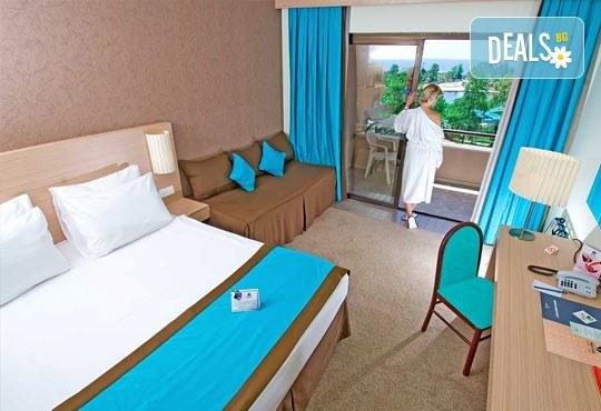Специална цена за почивка през октомври в Сиде, Анталия! 7 нощувки Ultra All, Grand Prestige Hotel & Spa 5*, възможност за 2 вида транспорт! - Снимка 5