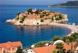 Септември и октомври в Будва, Черна гора: 3 нощувки със закуски в хотел по избор