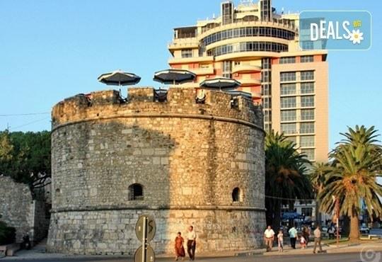 Уикенд екскурзия до Албания с Караджъ Турс! 2 нощувки със закуски в хотел 2/3* в Дуръс и транспорт, програма в Скопие и Струга! - Снимка 13
