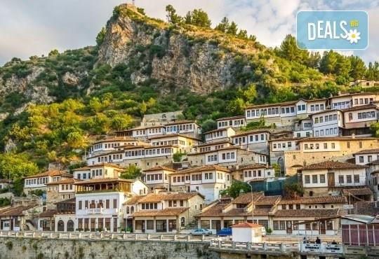 Екскурзия до Албания за септемврийските празници! 3 нощувки със закуски в хотел 2*/3* в Дуръс, транспорт и програма в Скопие и Струга! - Снимка 3