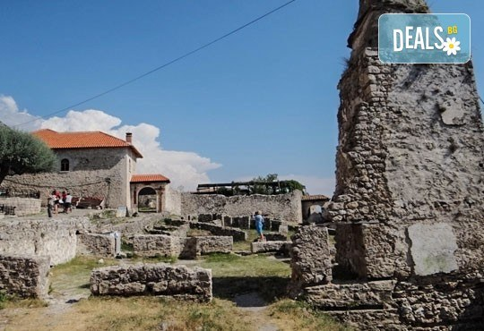 Екскурзия до Албания за септемврийските празници! 3 нощувки със закуски в хотел 2*/3* в Дуръс, транспорт и програма в Скопие и Струга! - Снимка 4