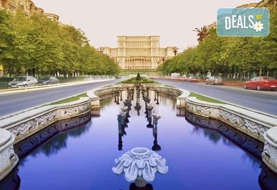 Уикенд екскурзия в Румъния, от август до октомври, с Дениз Травел! 2 нощувки със закуски в хотел 2/3 * в Синая, програма и транспорт! - Снимка 1