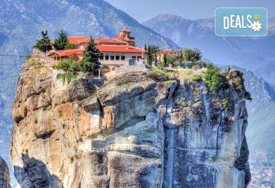 Уикенд екскурзия до Солун и Паралия Катерини през октомври! 2 нощувки със закуски, транспорт и панорамен тур в Солун! - Снимка 8