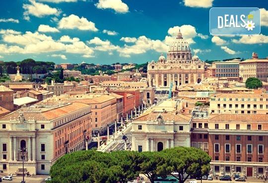 През септември във Флоренция и Пиза, Италия! 3 нощувки със закуски, самолетен билет и посещение на галерията Уфиций! - Снимка 2