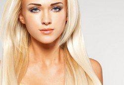 Плътна и жива коса, пълна с блясък! Хиалуронова терапия за коса в салон за красота Denny Divine! - Снимка