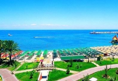 Супер почивка със самолет в Анталия! 7 нощувки, All Inclusive в хотел L`ANCORA BEACH 4*, Кемер, двупосочен билет, летищни такси и трансфери - Снимка