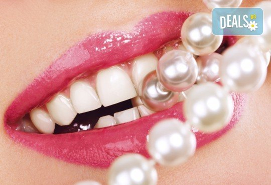 Професионално избелване на зъби с робот с LED лампа, обстоен преглед, почистване на зъбен камък и полиране, в клиника Рея Дентал! - Снимка 1