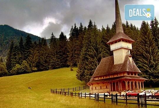 Екскурзия през август и септември до Румъния: 2 нощувки със закуски в Синая, посещение на замъка Пелеш и Букурещ, възможност за екскурзии до Бран и Брашов и транспорт! - Снимка 7