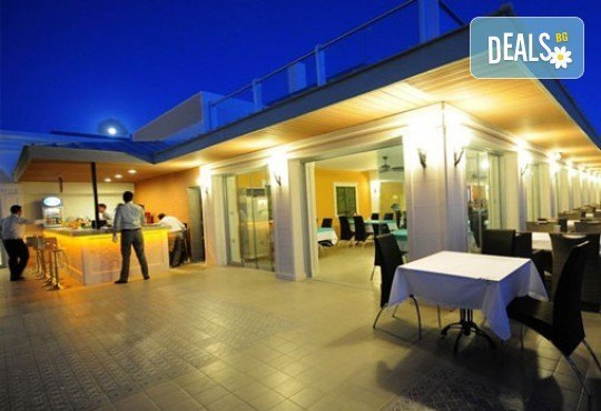 Луксозна почивка от август до октомври в Palm Wings Beach Kusadasi 5*, Кушадасъ, Турция! 7 нощувки на база All Inclusive и възможност за транспорт! - Снимка 13