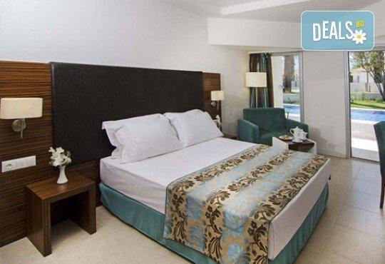 Луксозна почивка от август до октомври в Palm Wings Beach Kusadasi 5*, Кушадасъ, Турция! 7 нощувки на база All Inclusive и възможност за транспорт! - Снимка 2