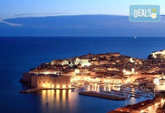Екскурзия през септември до Дубровник с Дари Травел! 3 нощувки, закуски и вечери в хотел 3*, транспорт и програма в Будва и Котор! - Снимка 7