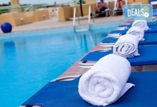 Почивка в Daphne Holiday Club 3*, Халкидики, Гърция, през август или септември! 5 нощувки със закуски и вечери, от Теско Груп! - Снимка 11