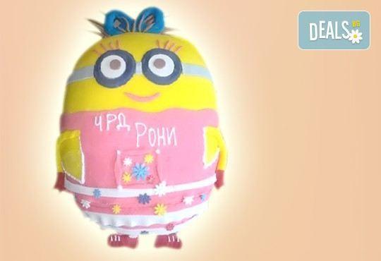 Детска торта Миньон, дизайн по избор в 3D проект от Сладкарница Орхидея! - Снимка 4