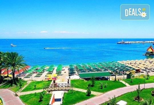 Супер почивка със самолет в Анталия! 7 нощувки, All Inclusive в хотел L`ANCORA BEACH 4*, Кемер, двупосочен билет, летищни такси и трансфери - Снимка 1