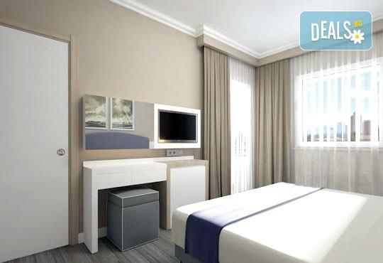 Супер почивка със самолет в Анталия на 08.10! 7 нощувки, All Inclusive в хотел L`ANCORA BEACH 4*, Кемер, двупосочен билет, летищни такси и трансфери - Снимка 5