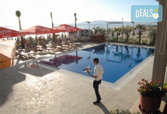 Почивка през септември в Дуръс, Албания! 5 нощувки със закуски и вечери във Вила Палма 4*, транспорт и посещение на Скопие и Охрид! - Снимка 9