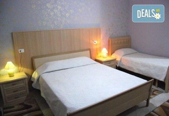 Почивка през септември в Дуръс, Албания! 5 нощувки със закуски и вечери във Вила Палма 4*, транспорт и посещение на Скопие и Охрид! - Снимка 7