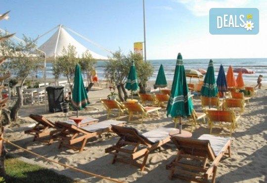 Почивка през септември в Дуръс, Албания! 5 нощувки със закуски и вечери във Вила Палма 4*, транспорт и посещение на Скопие и Охрид! - Снимка 1