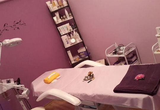 Мануално или ултразвуково почистване на лице с медицинска козметика Dr. Belter или Profi Derm и бонуси в студио Д&В! - Снимка 12