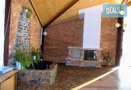 Почивка в Брацигово! 1 нощувка със закуска, обяд и вечеря и ползване на басейн в СПА хотел Виктория, цена на човек - Снимка 15