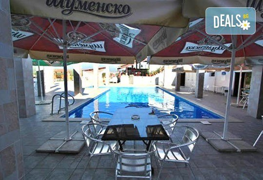 Почивка в Брацигово! 1 нощувка със закуска, обяд и вечеря и ползване на басейн в СПА хотел Виктория, цена на човек - Снимка 17