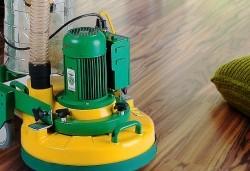 Почистване на твърди подови настилки от фирма Авитохол