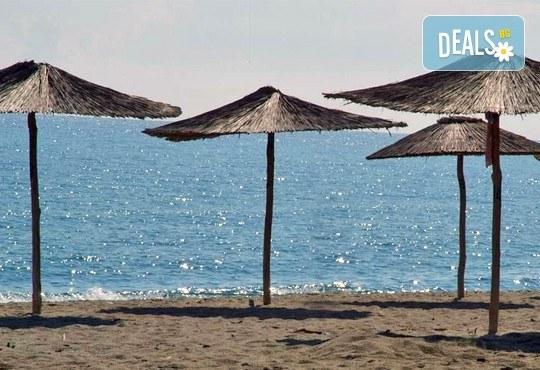 Мини почивка през септември на Олимпийската ривиера! 3 нощувки със закуски и вечери в хотел Platon Beach 2* и транспорт! - Снимка 1