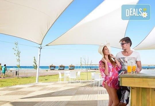 Почивка в Анталия, самолетна програма, септември - 7 нощувки на база Ultra All Inclusive в Raymar Hotel 5*, билет, летищни такси и трансфери! - Снимка 14