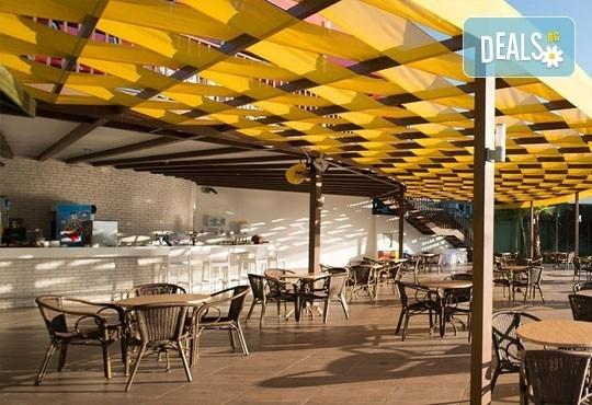 Почивка в Анталия, самолетна програма, септември - 7 нощувки на база Ultra All Inclusive в Raymar Hotel 5*, билет, летищни такси и трансфери! - Снимка 6