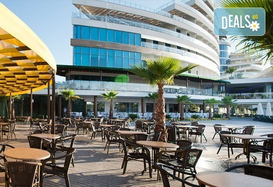 Почивка в Анталия, самолетна програма, септември - 7 нощувки на база Ultra All Inclusive в Raymar Hotel 5*, билет, летищни такси и трансфери! - Снимка 2